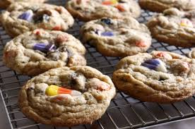 i d l e w i f e leftover halloween candy cookies