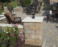 Backyard Light Post by Backyard Paver Patio With Accent Lighting Contemporary Patio