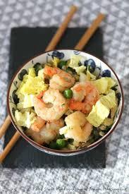 cuisiner chou chinois recette de wok de chou chinois et crevettes la recette facile
