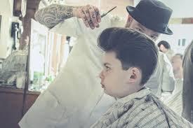 pompadour haircut with reuzel pomade schorem haarsnijder