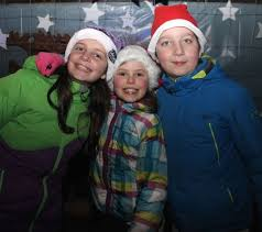 photos manor village turns out for switching on the christmas