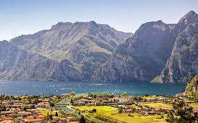 Italy Houses Photos Italy Torbole Lake Garda Mountains Cities Houses