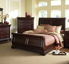 Cherry Sleigh Bed Broyhill Chateau Calais Cherry Sleigh Bed U003c3 For The Home