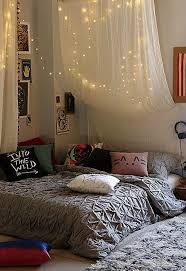 Apartment Bedroom Designs 20 Diy Dorm Canopy Beds Home Design And Interior
