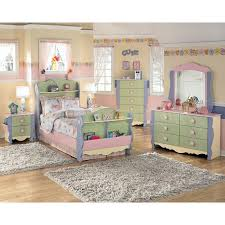 Bedroom Furniture At Ashley Furniture by Dollhouse Bedroom Furniture For Kids Video And Photos