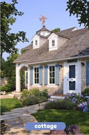 Images Of Cape Cod Style Homes by 166 Best Cape Cod Images On Pinterest Cape Cod Capes And Doors