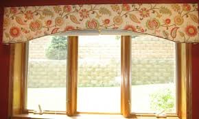 window fashions happy fabric on a shaped cornice board