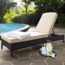 amazon com crosley furniture palm harbor outdoor wicker chaise