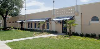 Retractable Awnings Tampa Louvered Sunshades Give Landmark Tampa Pool A Face Lift