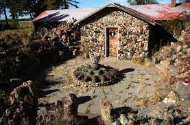 Petersen Rock Garden And Museum Petersen Rock Garden Is Still Surviving But In A State Of