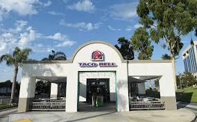 taco bell reveals thanksgiving dinner menu