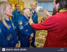 expedition 36 37 flight engineer karen nyberg of nasa left soyuz