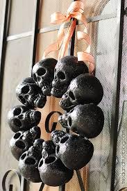 Halloween Skull Decorations 16 Cheap Diy Halloween Decorations That Won U0027t Break The Bank