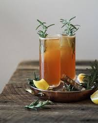 gin cocktails with cardamom syrup h