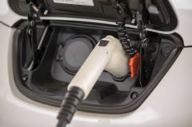 nissan leaf home charging plug in electric car study access to home charging more important