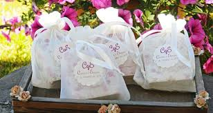 soap wedding favors how to choose your wedding favours wedding trends mag