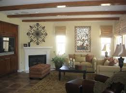 Family Room Wall Decorating Ideas Stagger  Design - Wall decorating ideas for family room