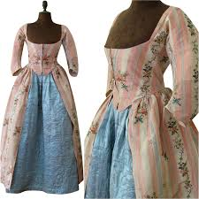 robe mariã e chetre robe a l anglaise quilted petticoat c 1780 antique silk brocade