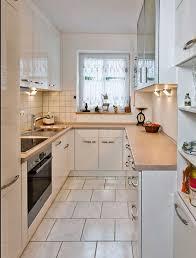 winkelküche mit elektrogeräten küche günstig einrichten kleine kuche neu beispiele forum feng