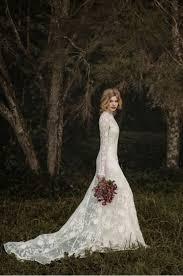 stunning wedding dresses 25 stunning wedding dresses for a traditional ceremony weddingomania