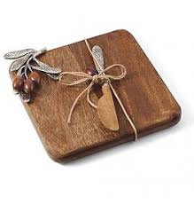 mud pie cutting board mud pie digs n gifts