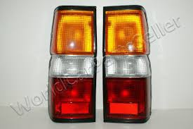 nissan pathfinder xe 1995 87 95 fits nissan pathfinder terrano tail lights lamps pair 88 89