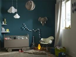 décoration murale chambre bébé chambre bebe avec mur bleu canard chambre garcon