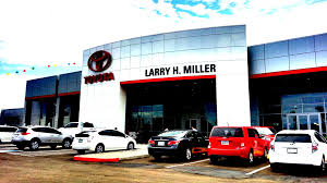 toyota car showroom new toyota u0026 used car dealer larry h miller toyota peoria