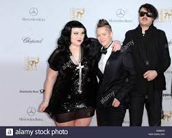 hannah billie musicians hannah blilie c beth ditto and brace paine of us indie