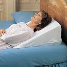 best bed wedge pillow awesome spine reliever bed wedge memory foam body support