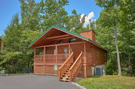 2 bedroom log cabin gatlinburg cabin rental suite harmony 243 2 bedroom