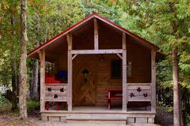 unique cabins for rent near mackinaw city