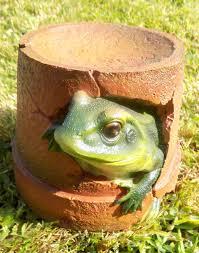 frog flower pot garden ornament
