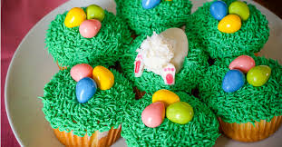 Decorating Easter Egg Cupcakes by Easter Cupcakes The Love Nerds
