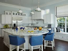 kitchen island with 4 chairs hanging around the kitchen island decohoms