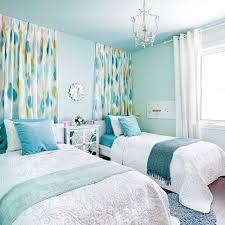 couleur qui agrandit une chambre agencements de couleurs gagnants avec la peinture galeries de
