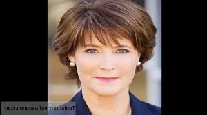 short haircuts for women over 60 with round faces best short