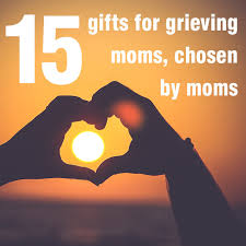 Gifts For A 15 Compassionate Gifts For Grieving Urns