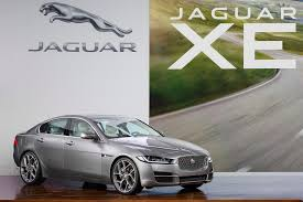 jaguar grill new jaguar xe makes north american debut at 2015 detroit show