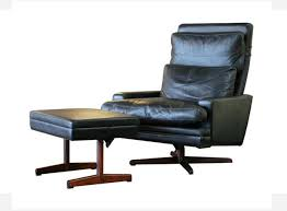 Plycraft Eames Chair Plycraft Eames Style Recliner With Built In Footrest The Mid