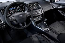 2015 Focus St Specs 2016 Ford Focus Rs Vs 2016 Ford Focus St Whats The Difference