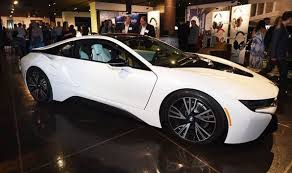 bmw car of the year bmw i8 has been awarded the uk car of the year cars