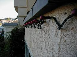 How To Hang Christmas Lights by Nice Decoration How To Hang Christmas Lights On Stucco 5 Tips For