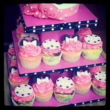 baby minnie mouse baby shower minnie mouse baby shower cupcake tower 2 closer look tracee