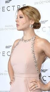 spectre lea seydoux wallpapers lea seydoux flashes a hint of sideboob in peach column gown at