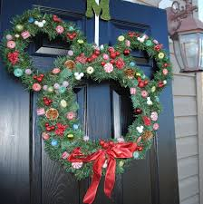Holiday Wreath Ideas Pictures 22 Budget Christmas Decor Ideas For The Home Wreaths Holidays