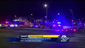 There Are Five Lights Only Five Detectives At Apd Handling Homicides