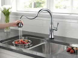 leland kitchen faucet delta kitchen faucets delta kitchen faucet reviews delta leland