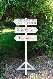 new wedding decoration trend vintage wedding sign posts from