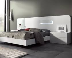 guardia day modern bed in matt lacquer with details in high